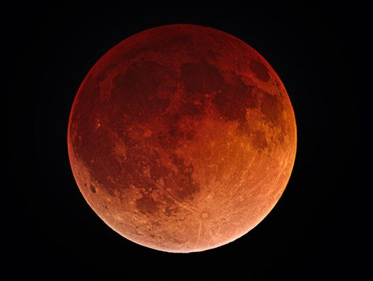 blood moon eclipse twin flames - photo #3